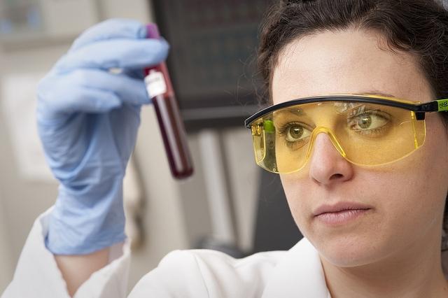 Új kemoterápiás hatású vegyületeket keresnek az ELTE kutatói