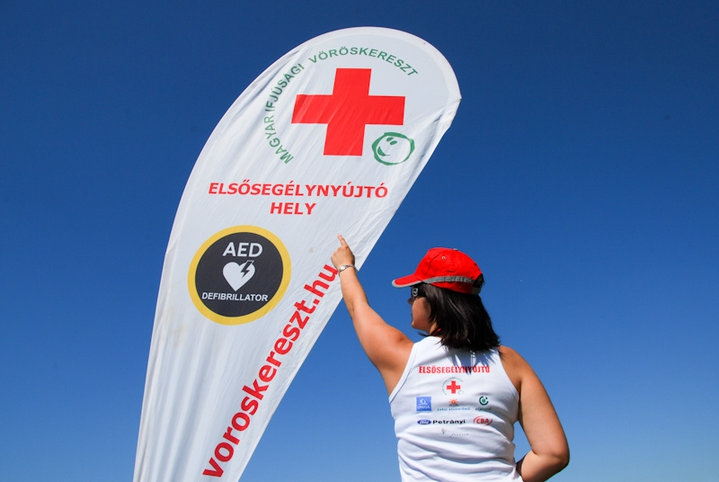 Vöröskereszt: mintegy 2800 esetben segítettek az önkéntesek a Balaton körül