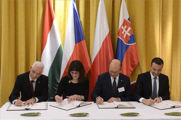 A V4-ek egészségügyért felelős minisztereinek konferenciája Budapesten