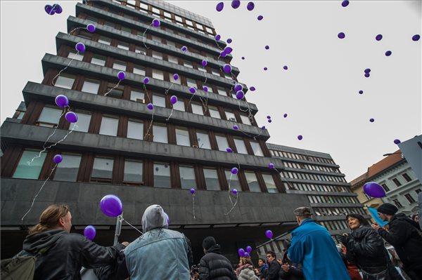 Tüntetés a magyar egészségügyért! - Demonstráció Budapesten