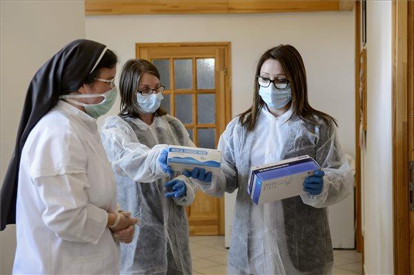Koronavírus - Szerzetesi fenntartású idősotthont ellenőriztek Szécsényben
