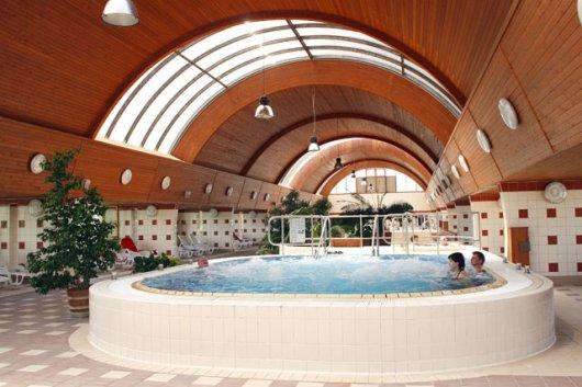 A rehabilitációra helyezi a hangsúlyt az új néven működő harkányi gyógyfürdőkórház