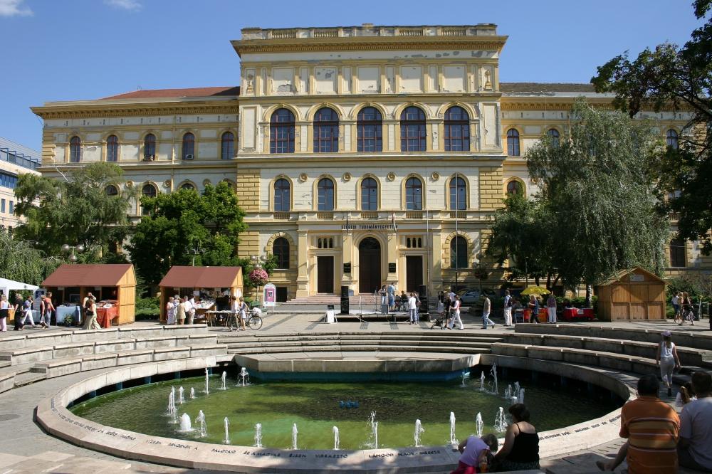 Több mint hárommilliárd forintos kutatás-fejlesztési program indult Szegeden