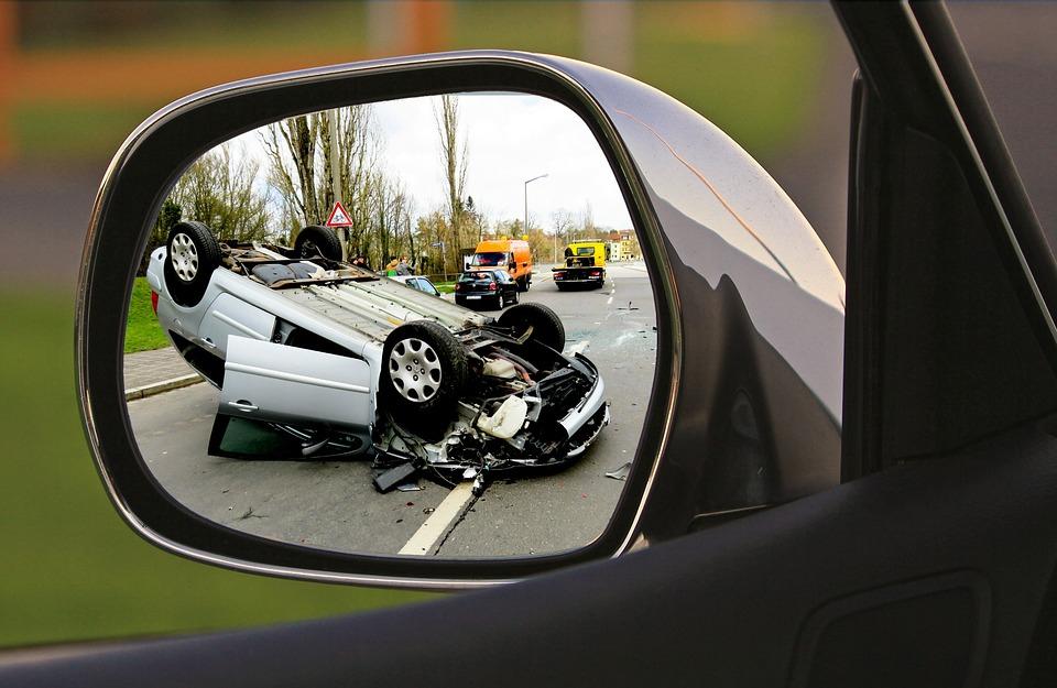 Már egy-két órával kevesebb alvás esetén is nő az autóbalesetek száma