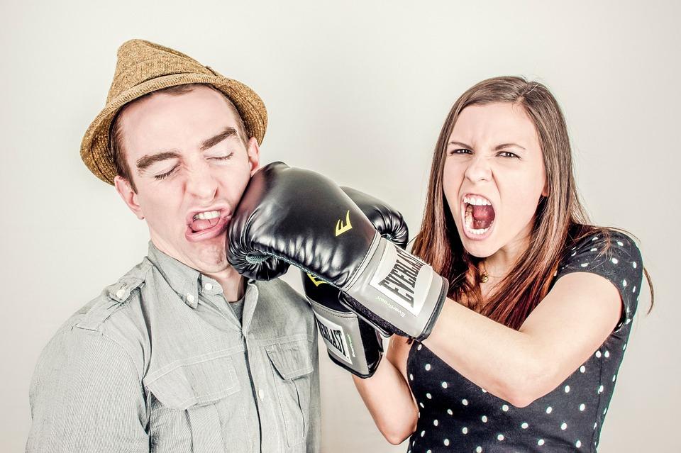 A társas konfliktusokat tapasztaló emberek nagy részét a versengés motiválja