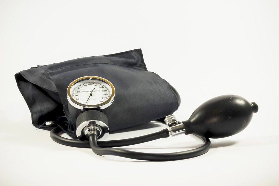 PMS-ben szenvedő nőkben háromszor nagyobb valószínűséggel alakulhat ki magas vérnyomás