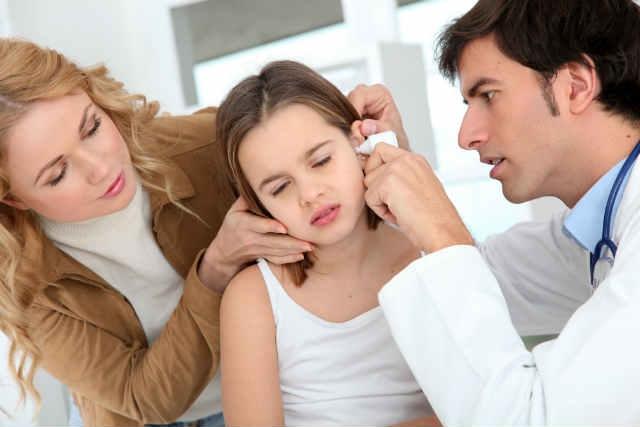 Porchártyagyulladás (perikondritisz), sérülések, daganatok
