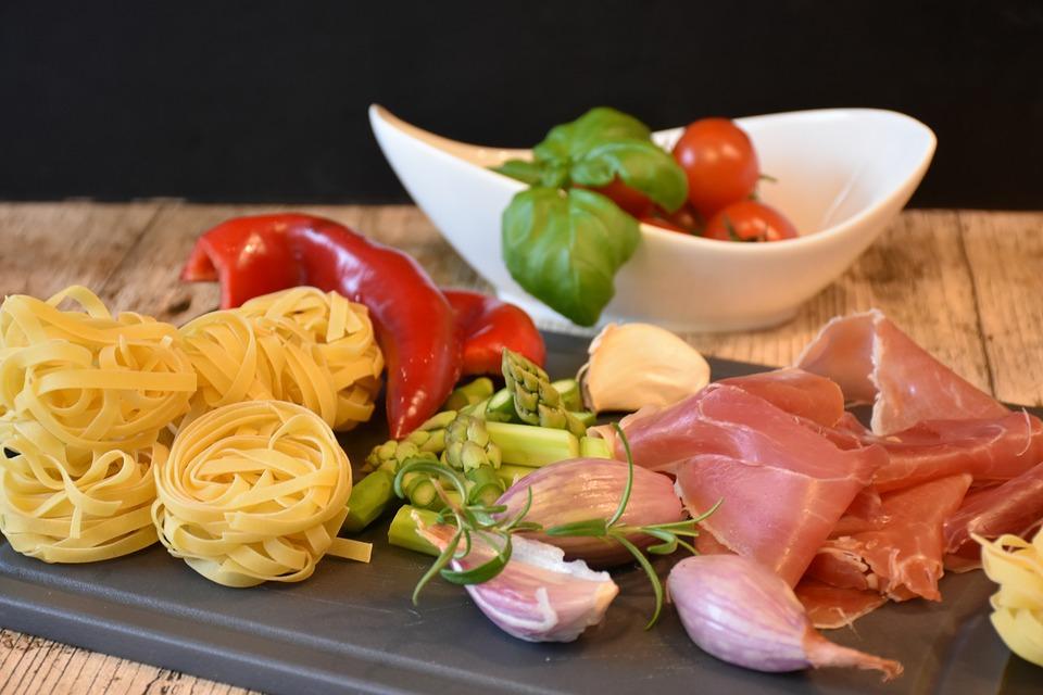 Érdemes követni a mediterrán diétát