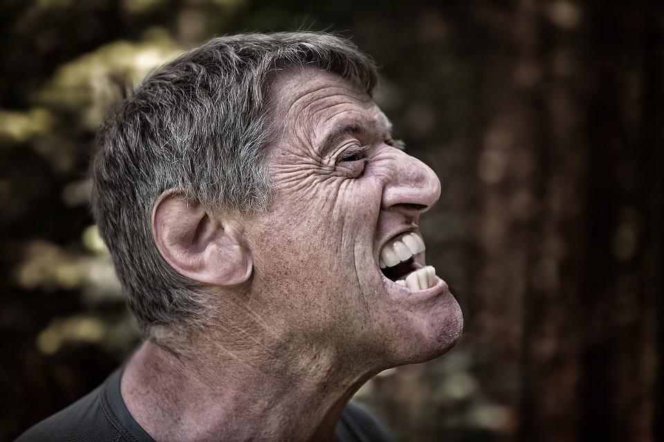 A tesztoszteron hatására a férfiak agresszívebbek, de nagylelkűbbek is lehetnek