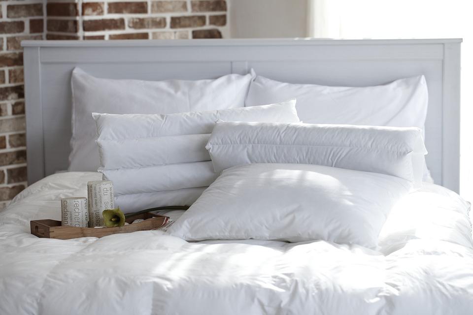 Párna segít lassítani a légzést, hogy el tudjunk aludni
