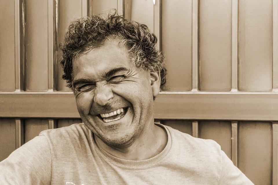A nevetés jót tesz a fizikai aktivitásnak