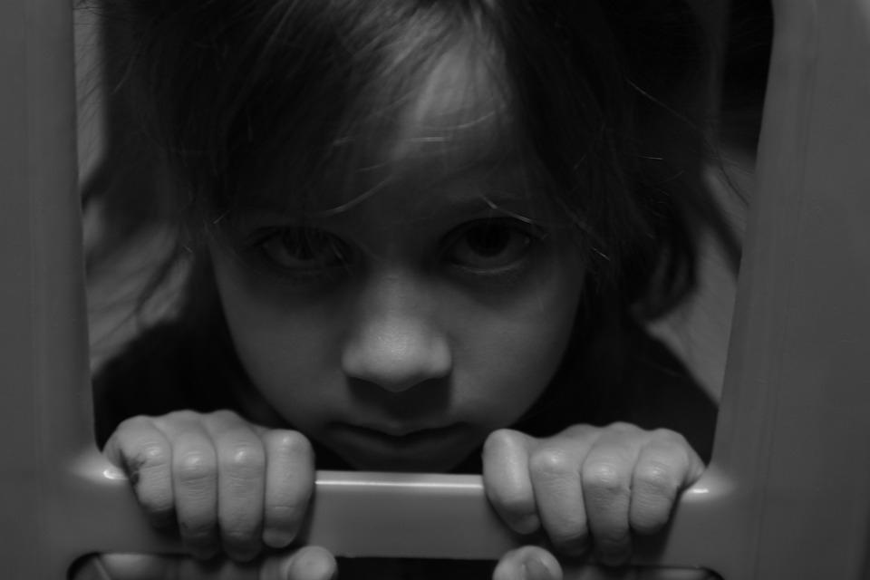 Hogyan védjük meg a gyereket a véletlen mérgezéstől?