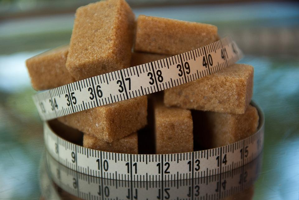 Milyen hatással van étvágyunkra a cukor és az édesítőszer?