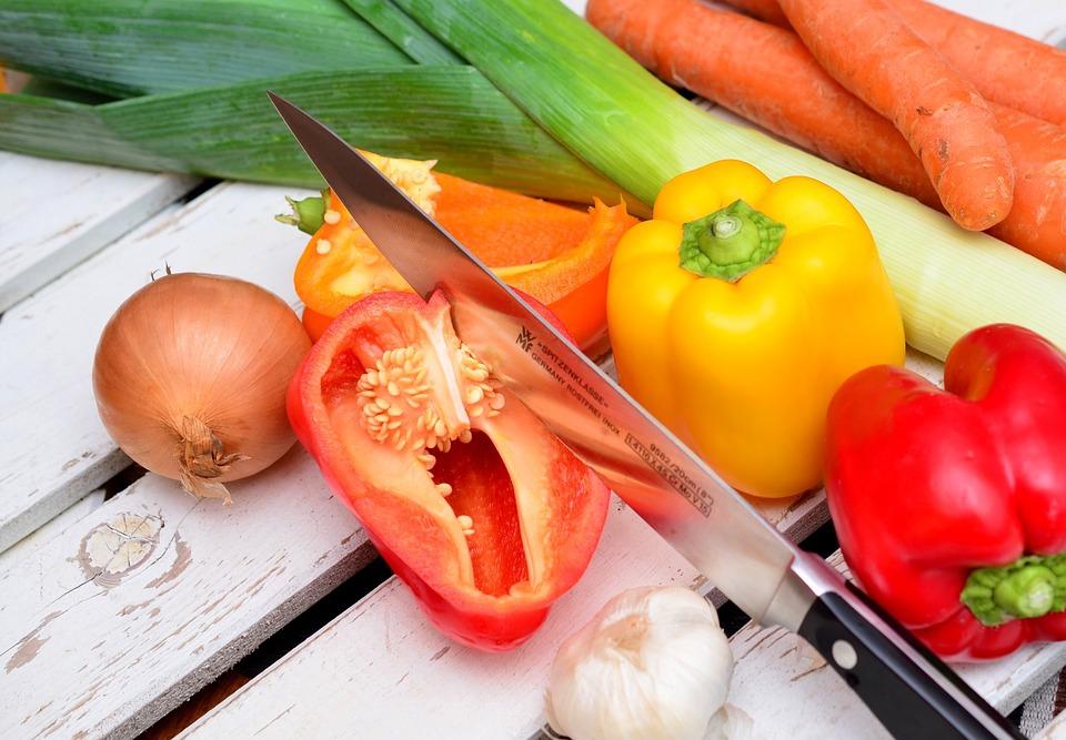 A napi öt adag zöldség-gyümölcs a dohányosok számára még fontosabb